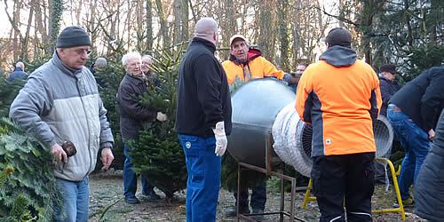 Karlstern Weihnachtsbaumverkauf